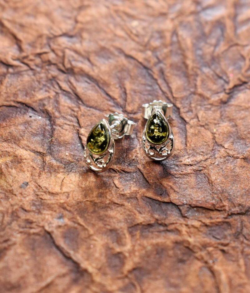 kolczyki srebro próba 925 bursztyn z koronką zielony zapięcie sztyft Aline zielonym