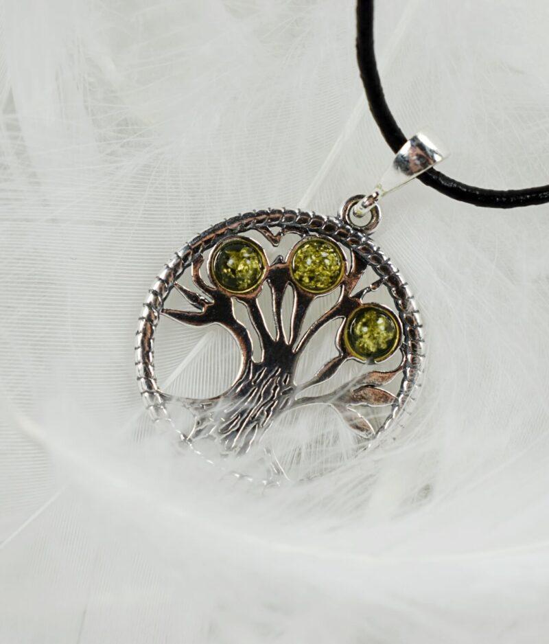 wisiorek srebrny próba 925 bursztyn zielony z rzemykiem okrągły drzewko