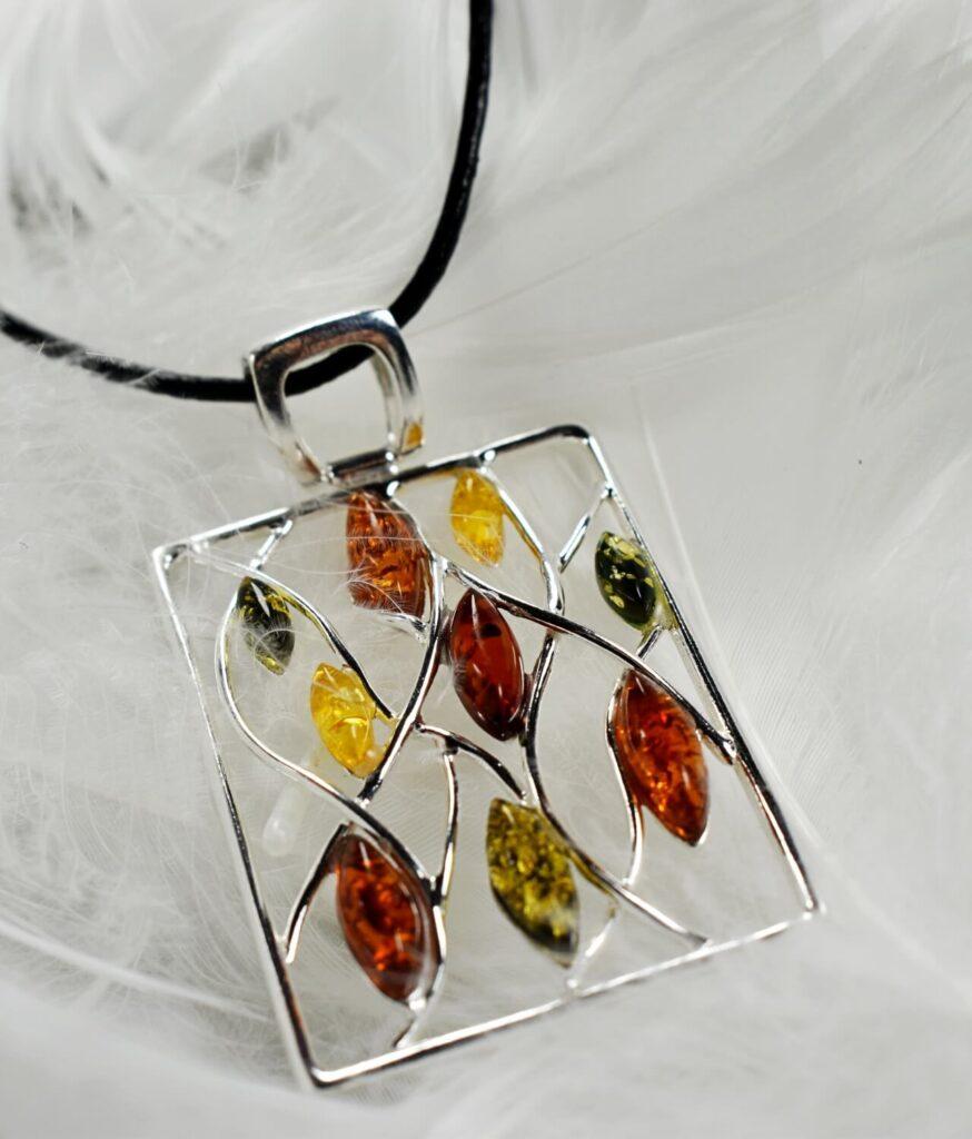 wisiorek srebro próba 925 bursztyn mix kolorów duży Ilona