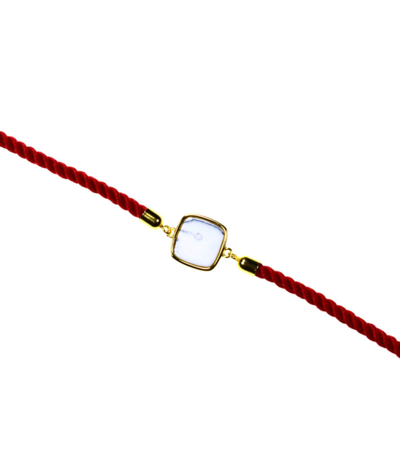 bransoletka srebrna próba 925 howlit kwadrat pozłacana sznurkowa czerwona