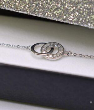 bransoletka srebro próba 925 z połączonymi kółeczkami gładkie cyrkonia na łańcuszku