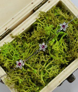 bransoletka srebro próba 925 cyrkonia biała szafirowe kwiatuszki na łańcuszku