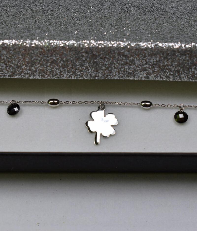 bransoletka srebro próba 925 z koniczynkami koralikami owalami gładkimi na łańcuszku