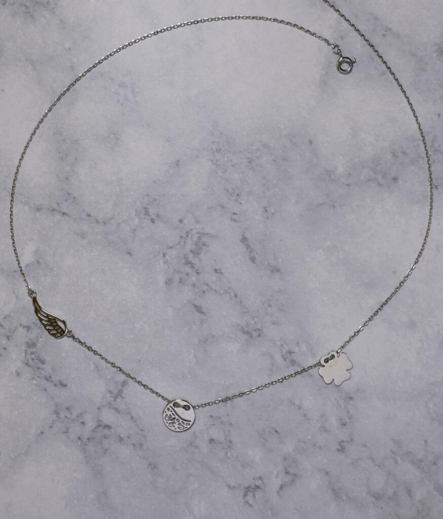naszyjnik srebrny próba 925 ze skrzydełkiem ażurowym koniczynka i kółeczkiem gładkie