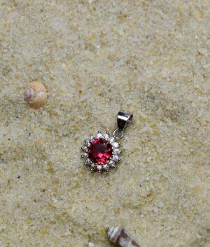 wisiorek srebrny próba 925 z rubinową cyrkonią okrągły mały