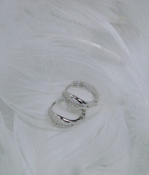 kolczyki srebrne próba 925 ażurowa łezka gładkie zapięcie angielskie klik
