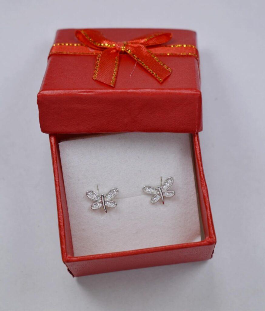 kolczyki srebrne próba 925 malutki motylek z cyrkoniami na sztyft