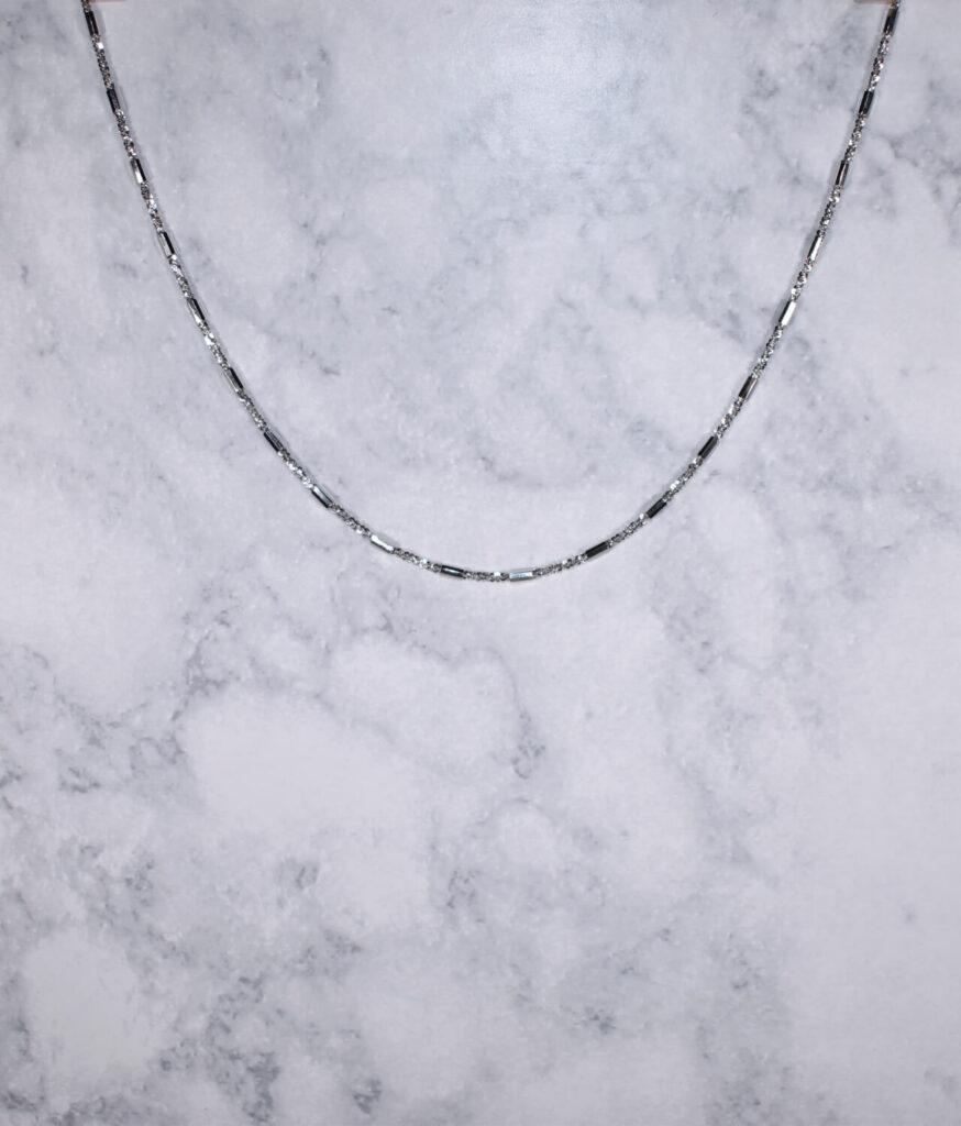 łańcuszek srebrny próba 925 ozdobny wałeczki długość 45cm rodowany