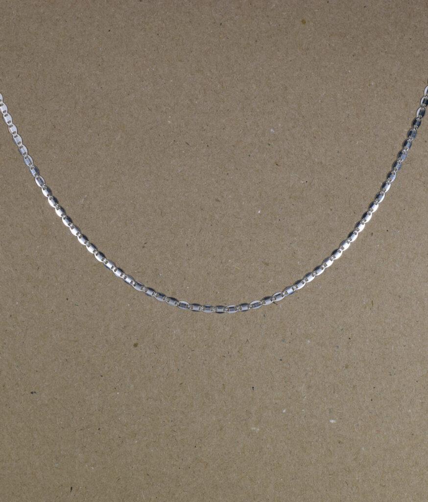 łańcuszek srebrny próba 925 ozdobny rodowany gładka blaszka długość 50cm