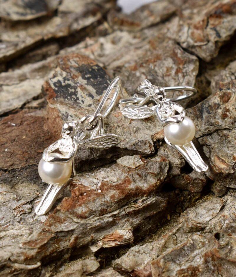 kolczyki srebrne próba 925 elfiki z perłą Swarovski zapięcie wiszące